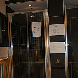 Wood Floors / Showers - Merlyn 900 BiFold Door only �250